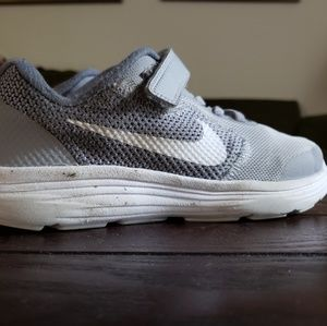 Gently used youth Nikes size 2
